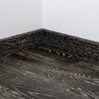 Плинтус шпонированный Tarkett Блэк о Вайт 80х20 мм Art